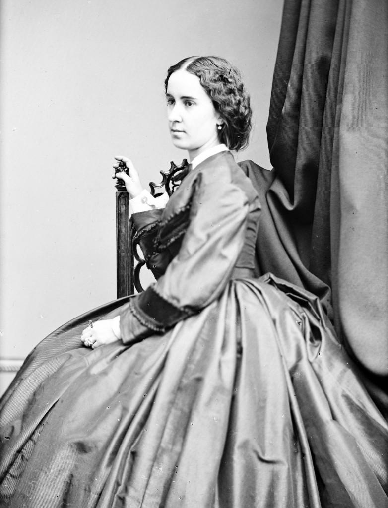 Clara Louise Kellogg. highbrow culture. lowbrow culture
