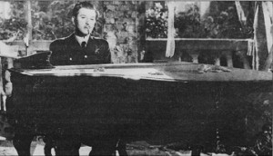 Anton Walbrook at the piano in Dangerous Moonlight